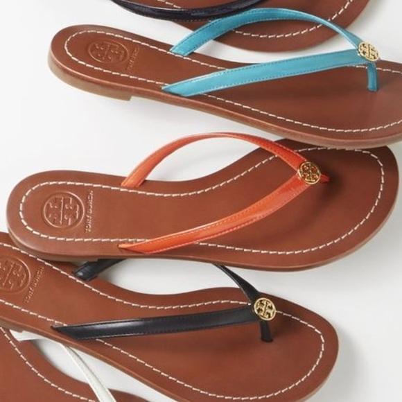 00d19c28cbfb Tory Burch Terra Thong Flip-Flop Sandals - Coral. M 5ab5b9aa8df47041d496c876